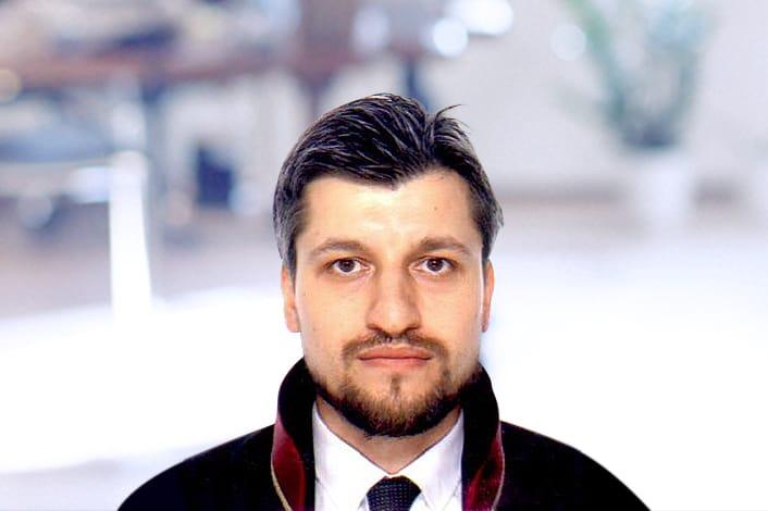 Av. Ahmet Kılıç